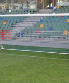 Jalgpalliväravad 5x2m alu. hülssidega