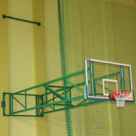 konstrukcja-do-koszykowki-uchylna-z-odciagami-linowymi-wysieg-od-450-do-550-cm